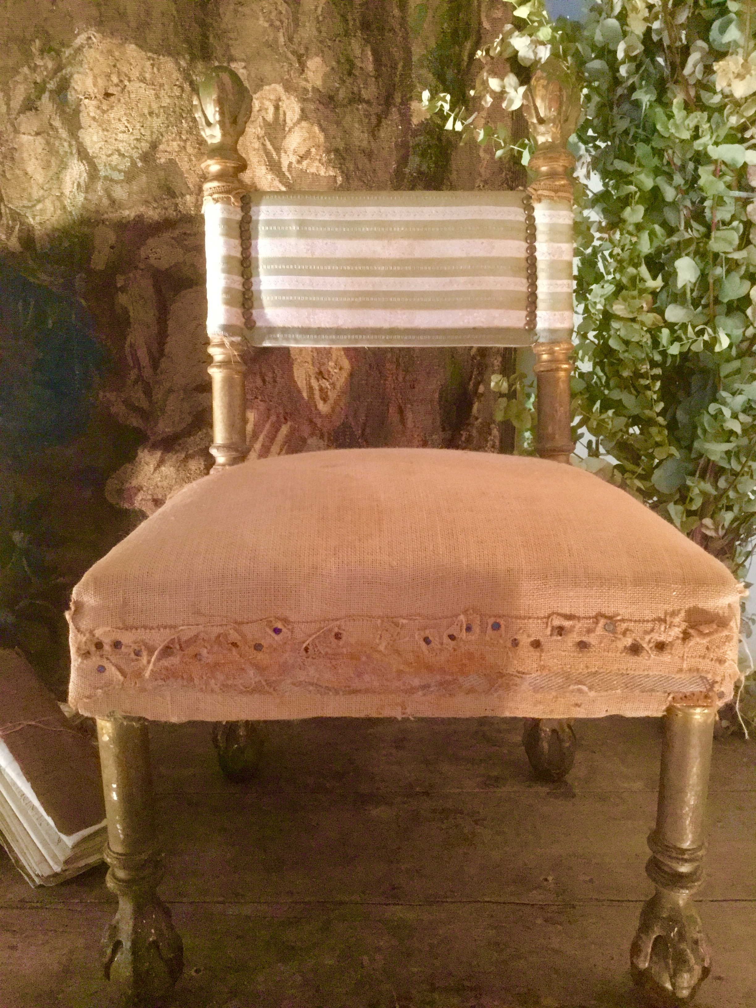 chauffeuse napoleon iii polychrome napoleon iii chauffeuse golden wood paul bert serpette. Black Bedroom Furniture Sets. Home Design Ideas