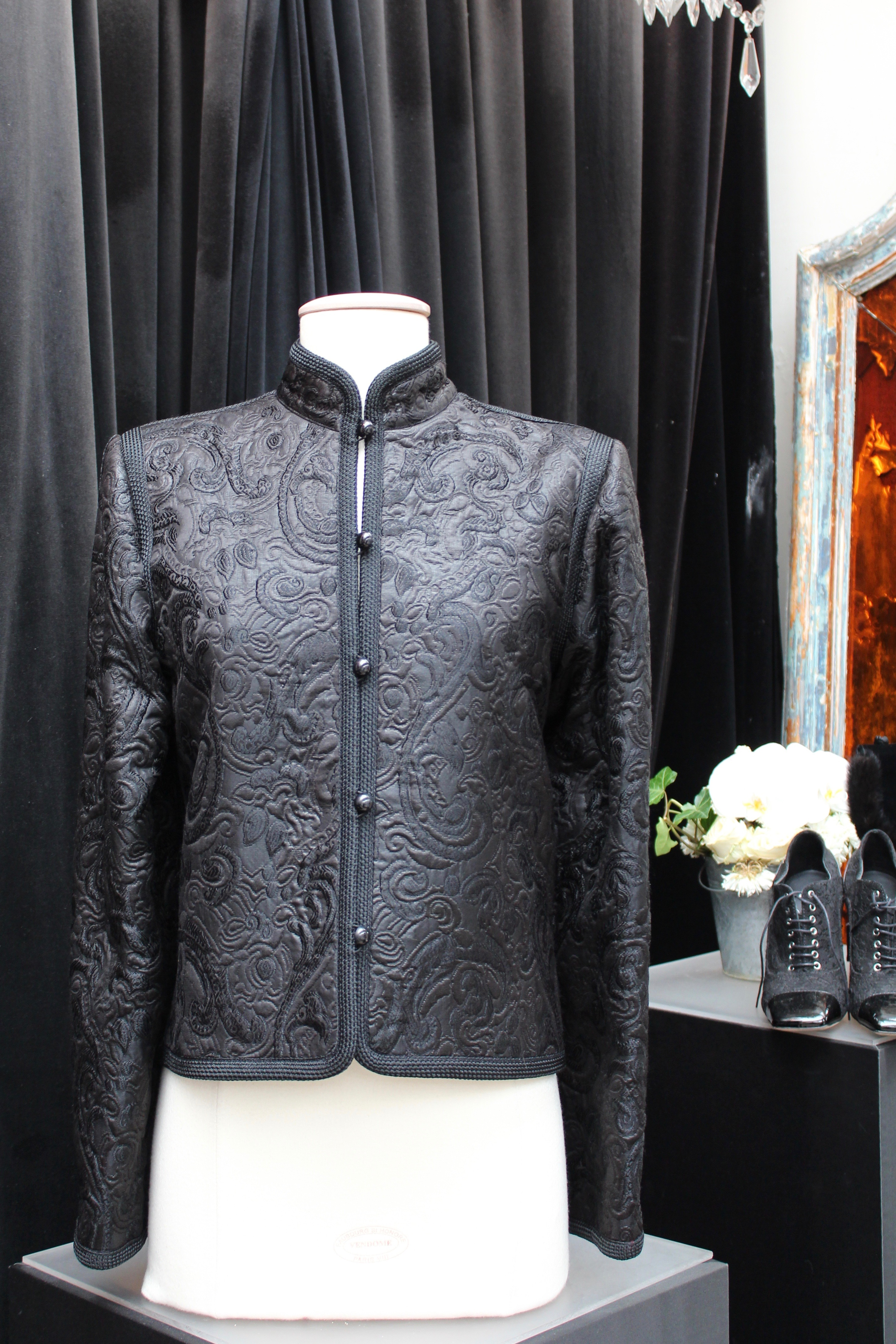 7a3f37c7dc4 Yves Saint Laurent 1980s - Mao collar jacket in black brocade and trimmings