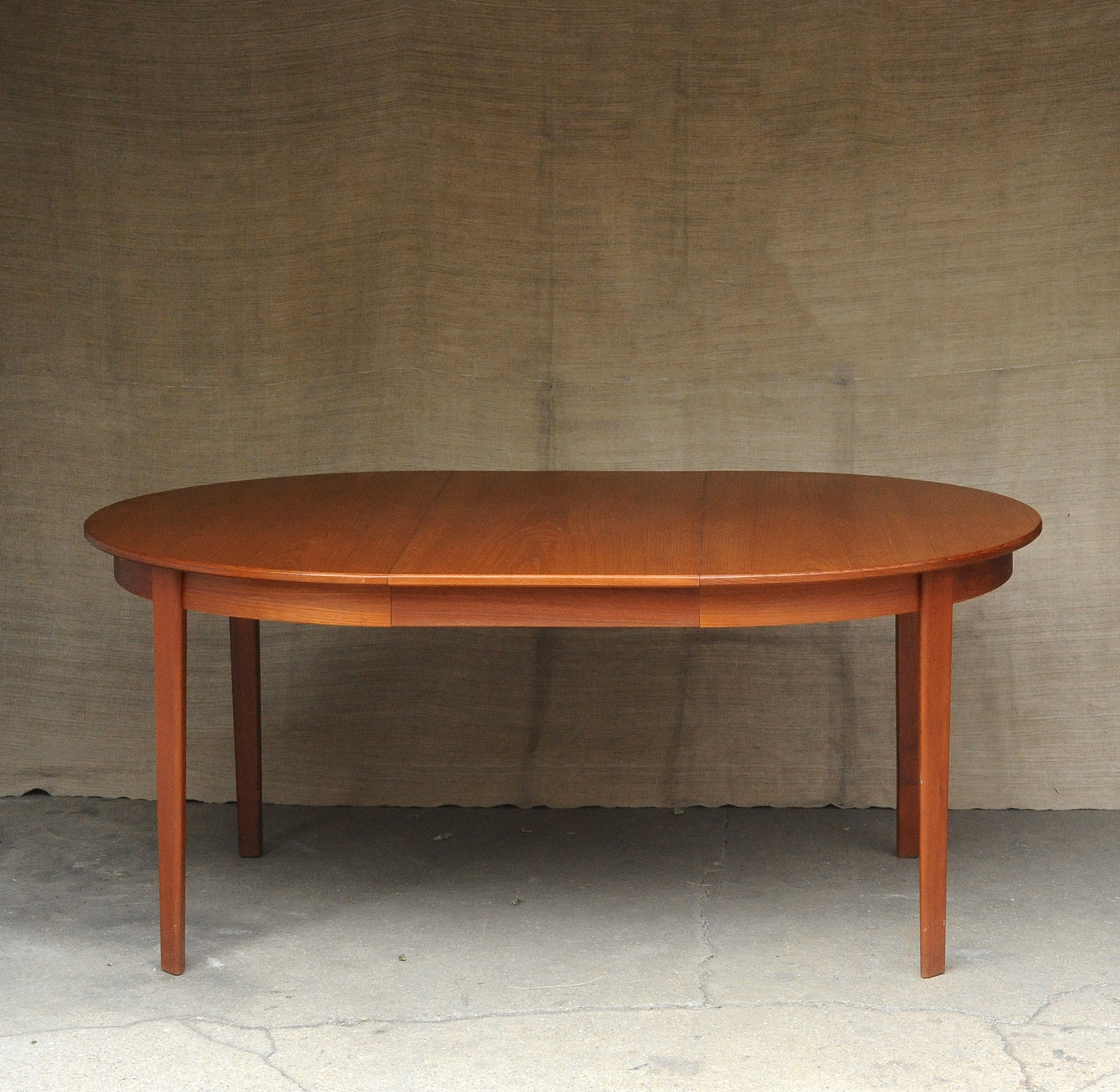 Table De Salle A Manger Scandinave Paul Bert Serpette