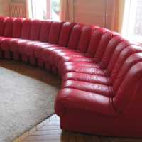 DS600-DESede-sleeper sofa snake-leather-red
