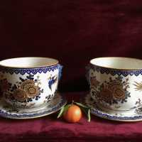 Pair of large pottery jars in Gien earthenware, rare in pair, but especially rare with their two original saucers, entire.