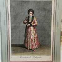 Very beautiful engraving representing a princess of Valaquie. Good condition