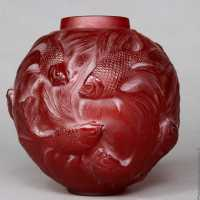 Formosa vase in red glass.