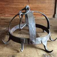 Wrought iron office crown, Folk art, 18th century France. Good old condition, no hook missing, in its original patina