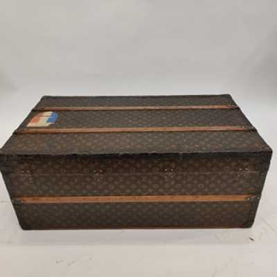Malle Louis Vuitton cabin trunk