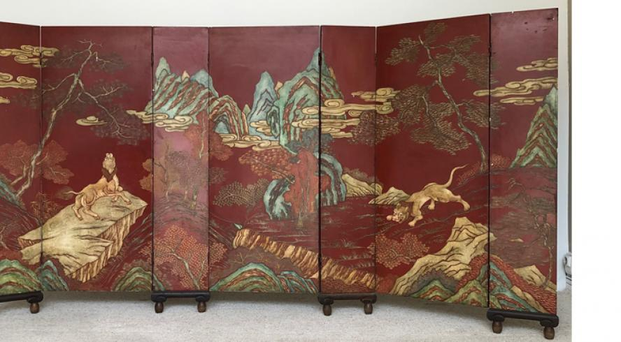 screen with seven leaves in red lacquer, Art Deco period around 1930